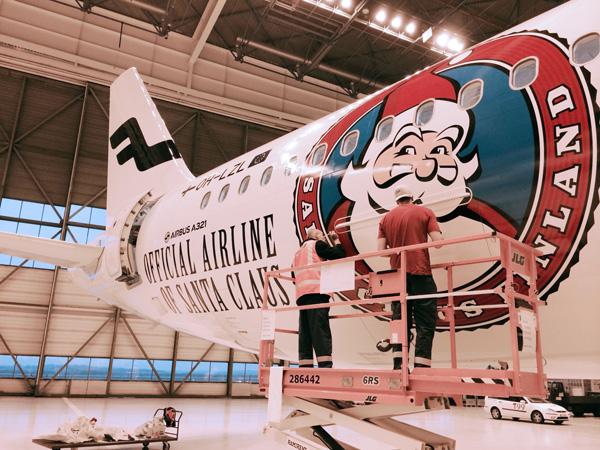 Finnair A321-200 (14-Santa Claus)(Logo) HEL (Finnair)(LRW)