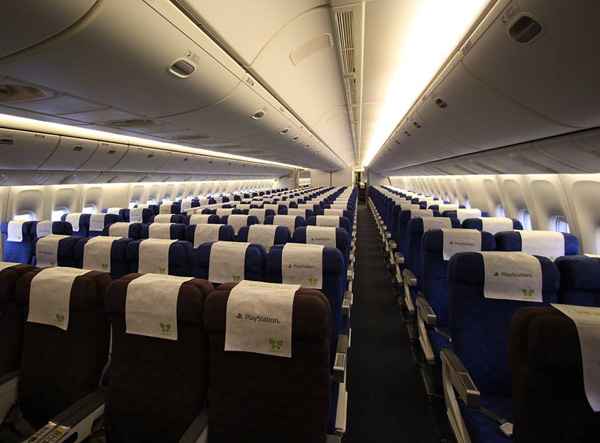 Jin Air 777-200 HL7743 (08)(Cabin) ICN (Jin Air)(LR)