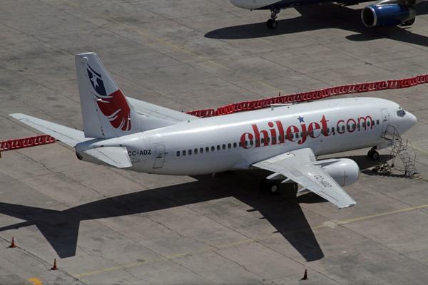 Chilejet.com 737-300 CC-ADZ (14)(Grd) SCL (AR)(LRW)