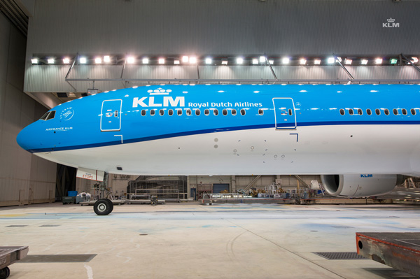 KLM 777-300 PH-BVN (14)(Nose)(KLM)(LRW)