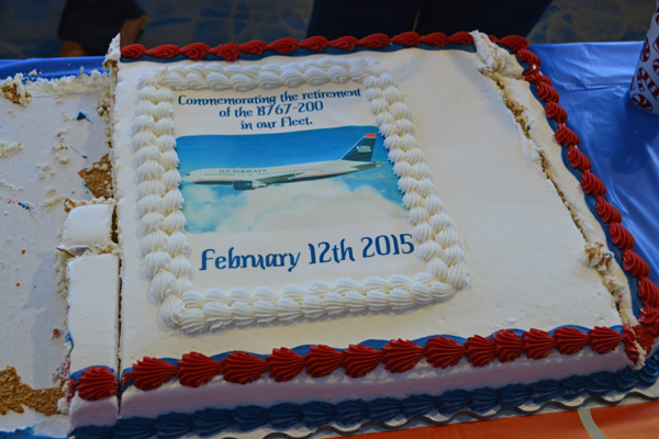 US Airways 767-200 last flight cake (JS)(LRW)