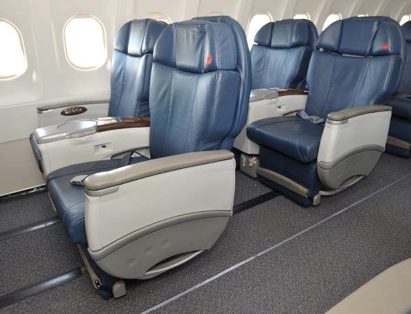 Air Canada Jetz seat (Air Canada)(LRW)