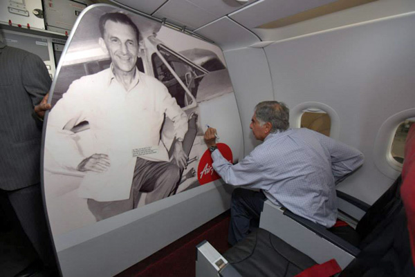 AirAsia India Ratan Tata signing photo on VT-JRT (AirAsia India)(LRW)