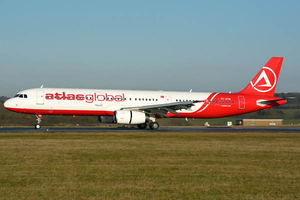 AtlasGlobal A321-100 TC-ETN (14)(Grd) LTN (JMS)(LRW)