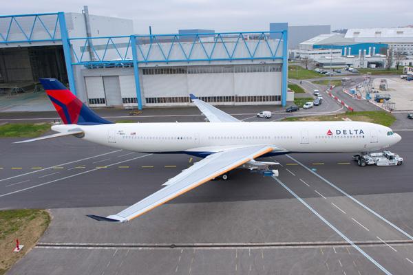 Delta A330-300 42-T F-WWYX (07)(Grd-1)(RO) TLS (Airbus)(LRW)