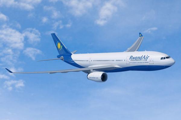 RwandAir A330 (09)(Flt)(Airbus)(LR)