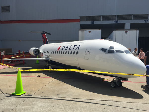 Delta BBQ Plane Grill (LRW)