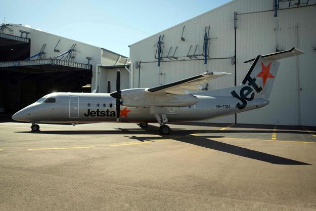 Jetstar (New Zealand)-Eastern Australia DHC-8-300 VH-TQM (03)(Grd) TSV (Jetstar)(LRW)