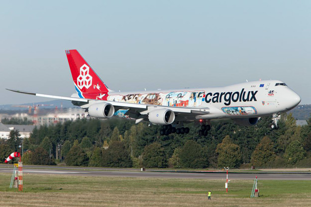 Cargolux 747-800F LX-VCM (15-You name it)(Ldg) LUX (Cargolux)(LRW)
