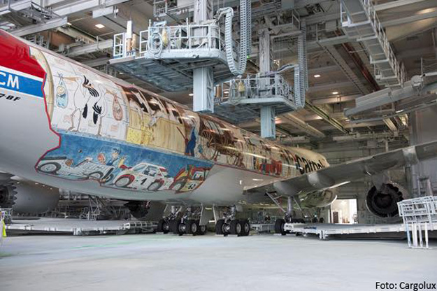 Cargolux LX-VCM 9 (Cargolux)(LR)