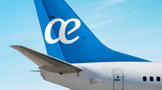 Air Europa tail 2015 (Air Europa)(LR)