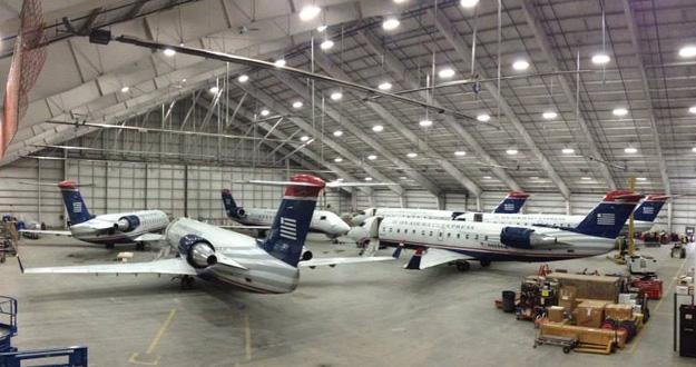 Air Wisconsin MKE maintenance hangar