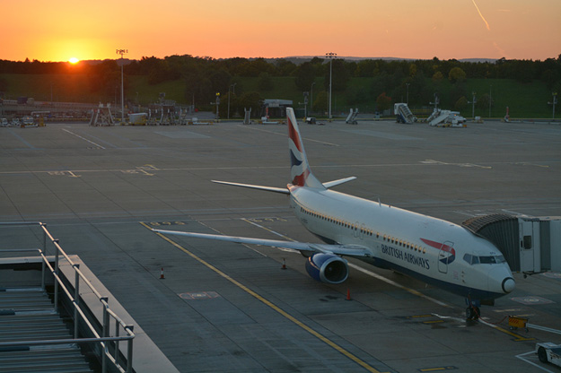 British Airways 737-400 G-DOCX (97-Union flag)(sunset for last flight)(MF)(LR)