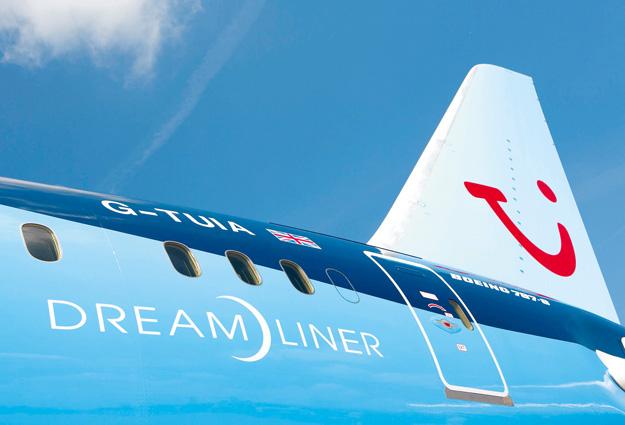 Thomson 787-8 Tail (Thomson)(LRW)