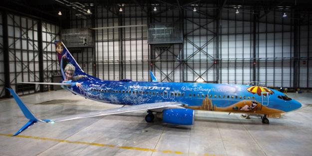WestJet 737-800 SSWL C-GWSV (15-Walt Disney World-Frozen)(Grd-1)(Westjet)(LR)