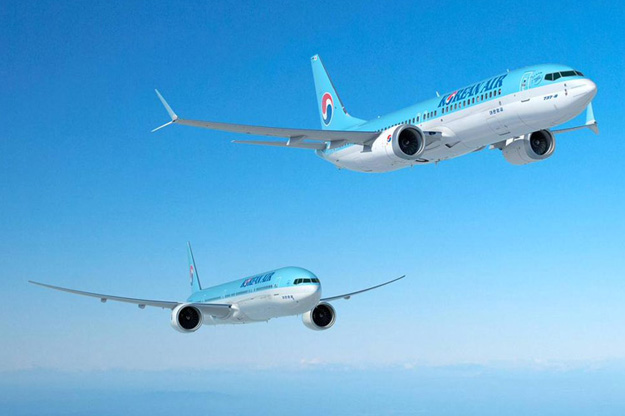 Korean Air 737 MAX and 777-300ER (Boeing)(LR)