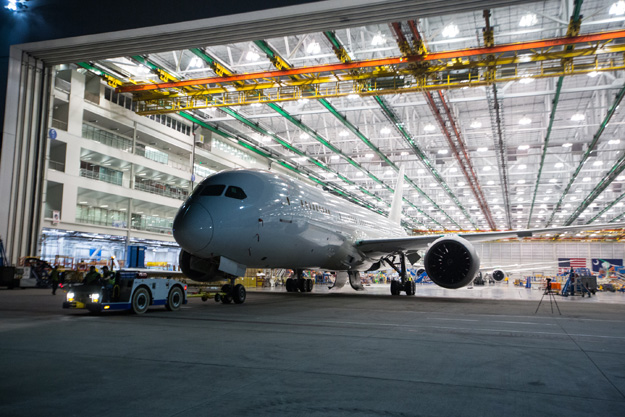 Boeing South Carolina rolls out the 100th 787 (Boeing)(LRW)