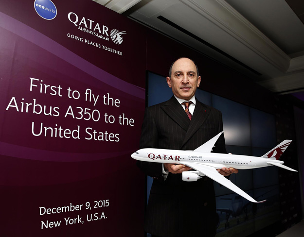 Qatar CEO Al Baker and model of the Airbus A350-900 (Qatar)(LRW)