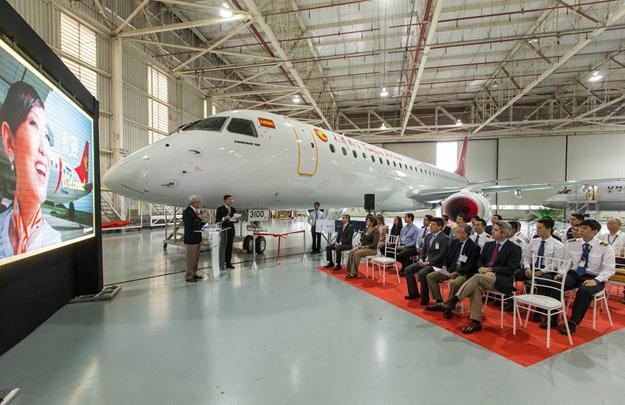 Tianjin ERJ 195 B-3100 (12)(delivery ceremony-nose)(Embraer)(LR)
