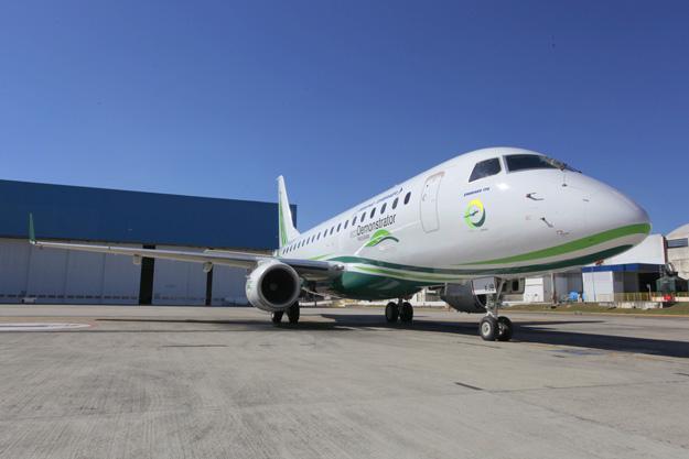 Boeing Embraer ERJ 170 EcoDemonstrator (Boeing)(LRW)