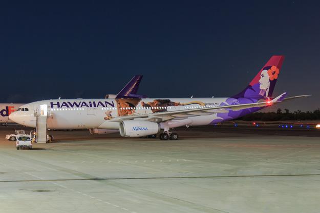 hawaiian-a330-200-n392ha-16-disney-moanagrd-hnl-mbilrw