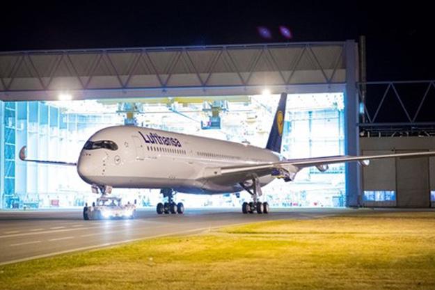 lufthansa-a350-900-d-aixa-88grd-tls-airbuslr