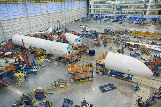 boeing-787-10-final-assembly-boeinglrw