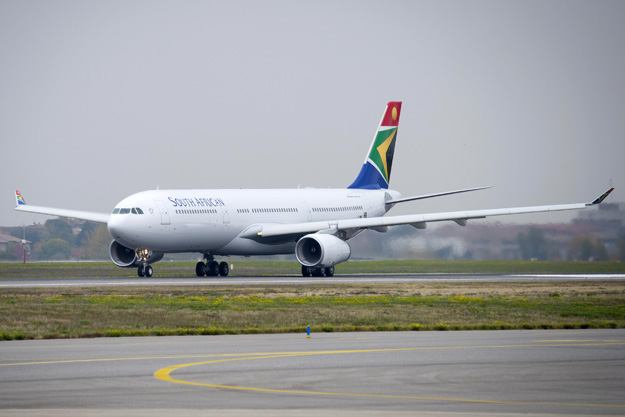 south-african-a330-300-f-wwkt-zs-sxi97grd-tls-airbuslrw