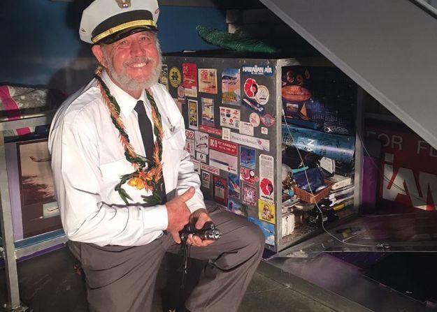 Capt.Rick_HAL_carousel_d75f64f6-6594-4fec-8406-0a1f27ff49b1-prv.jpg