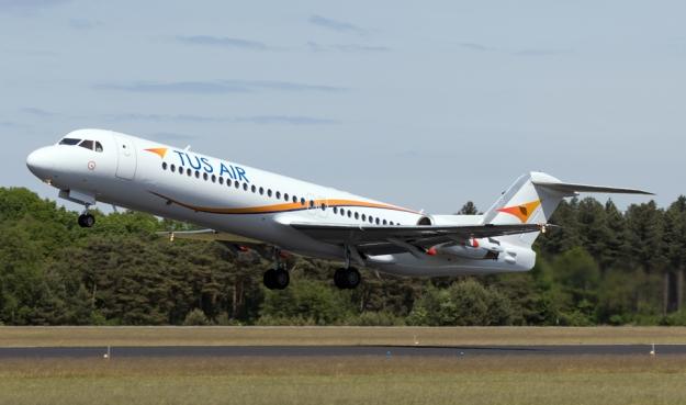 Fokker100_b.jpg