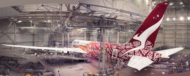 """QANTAS unveils its """"Yam Dreaming"""" special livery on Dreamliner VH"""