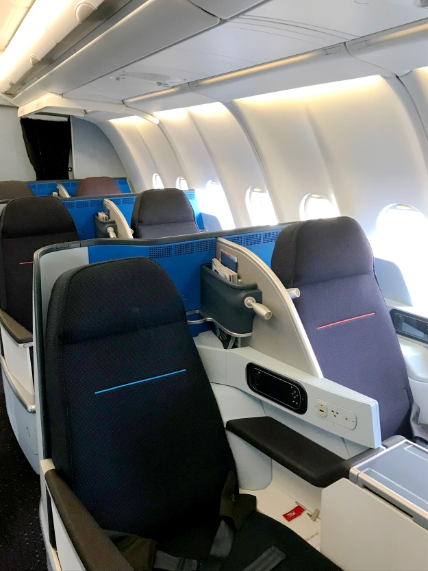 Klm Introduces Its New Airbus A330 200 Cabin Interior World