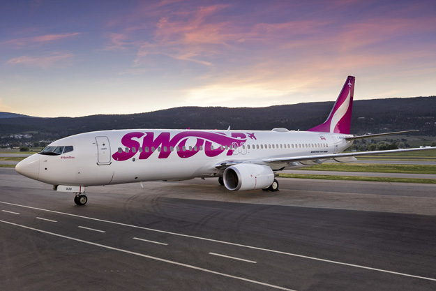 The first Swoop Boeing 737-800 is unveiled | World Airline News