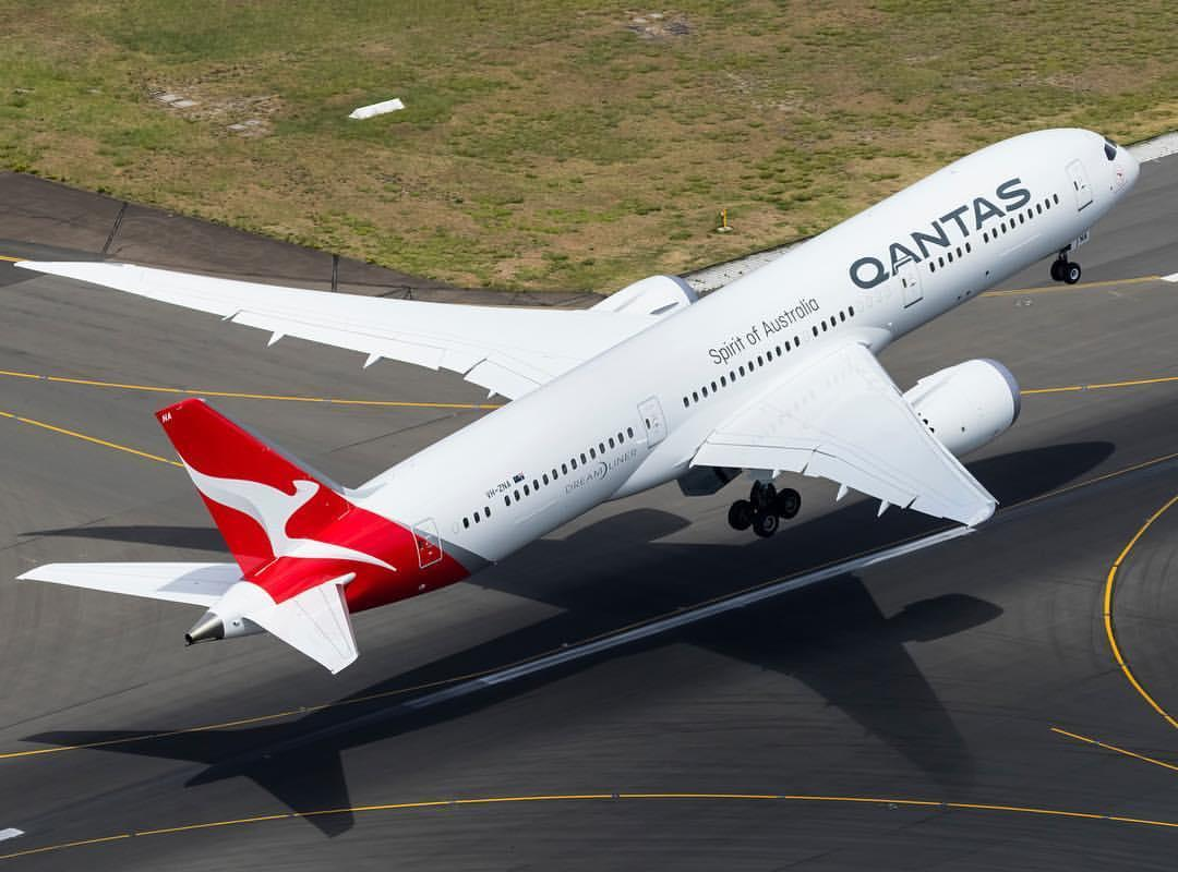Models Able Boeing 747-400 Qantas Spirit Of Australia Airplane Superior Performance