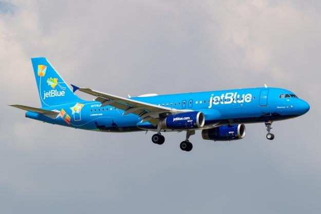 "JetBlue introduces ""Bluericua"" as a salute to Puerto Rico"