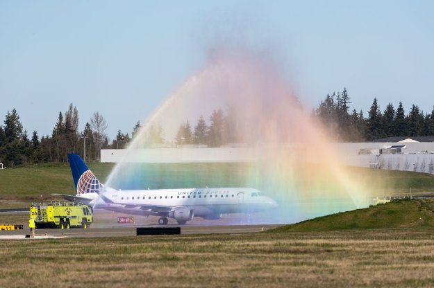 Propeller Airports welcomes United Airlines back to Paine Field