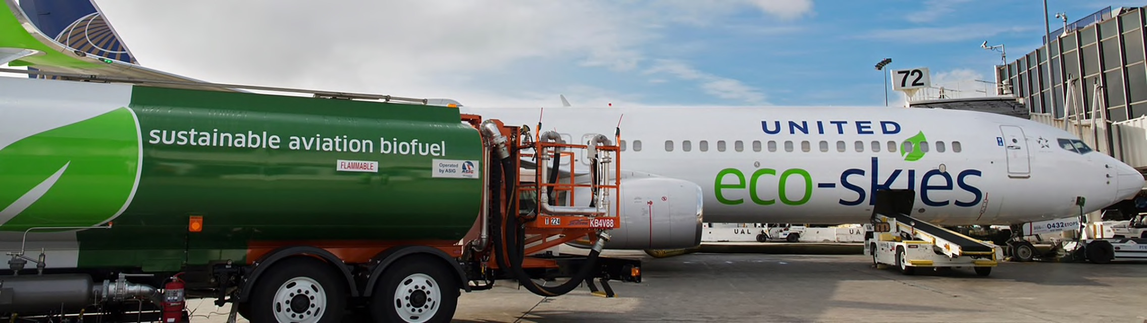 Kết quả hình ảnh cho United Airlines Expands Commitment to Biofuel, Powering More Flights With More Biofuel Than Any Other U.S. Carrier images