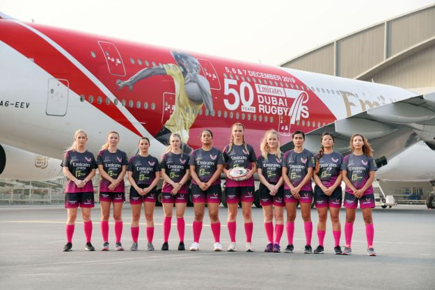 EMIRATES 'SCORES A TRY' WITH NEW DUBAI RUGBY SEVENS A380