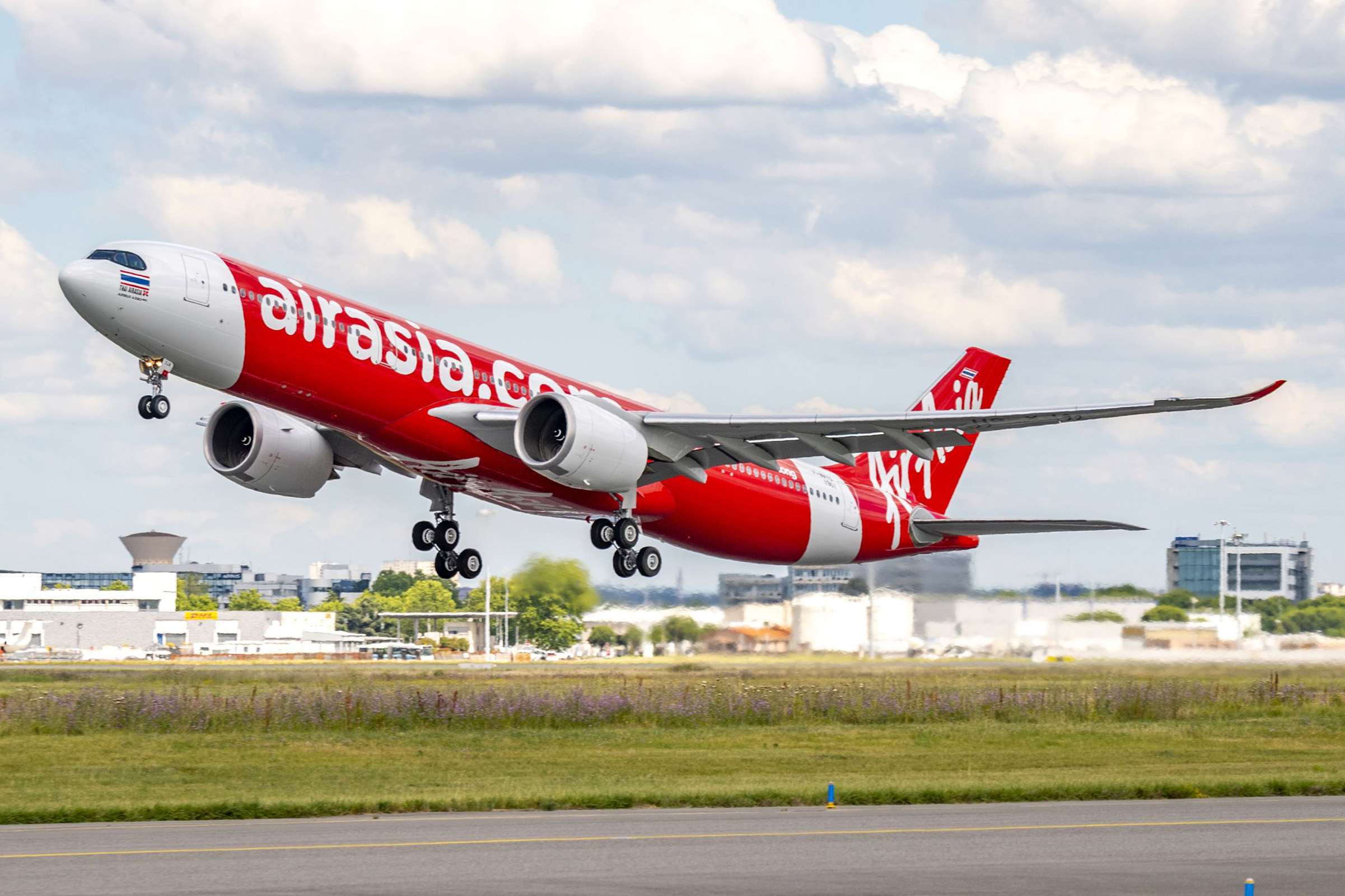 AirAsia X takes delivery of its first Airbus A330-900 | World