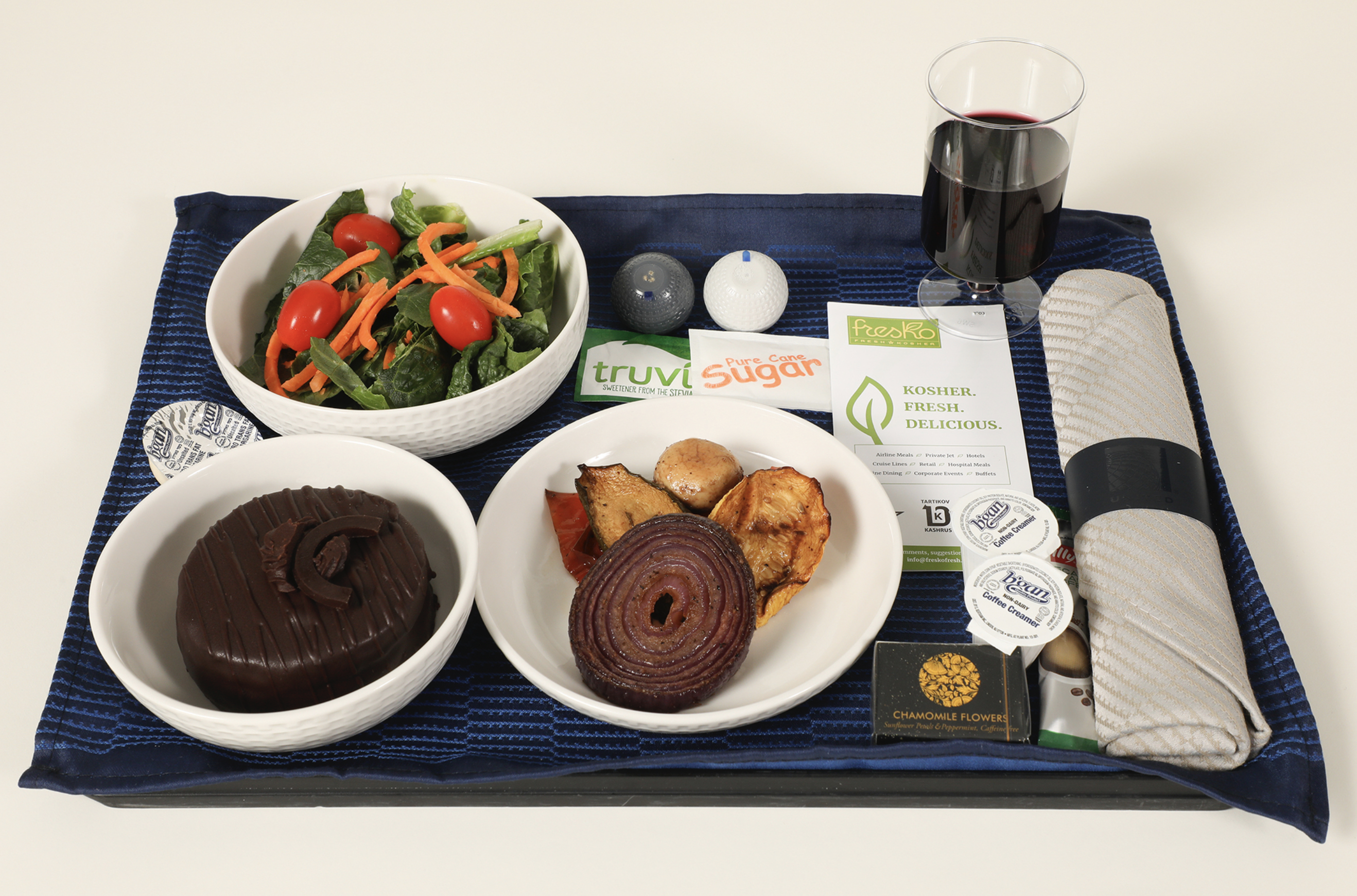 Cuisine Blanc Mat Avis united airlines expands its kosher culinary choices for