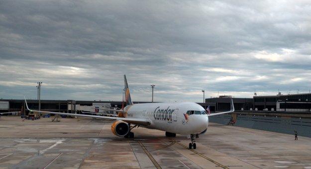 Condor xl seats 767